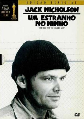 Um-Estranho-no-Ninho-283×400