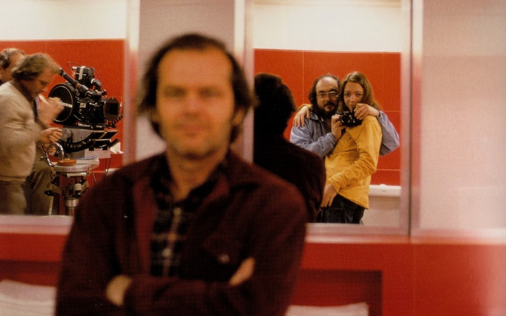 stanley-kubrick-self-portrait-with-his-daughter-jack-nicholson-and-the-crew