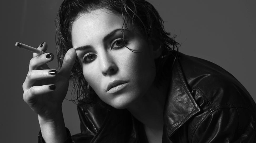Noomi Rapace está conversando com os executivos de Hollywood para interpretar a talentosa Amy Winehouse.