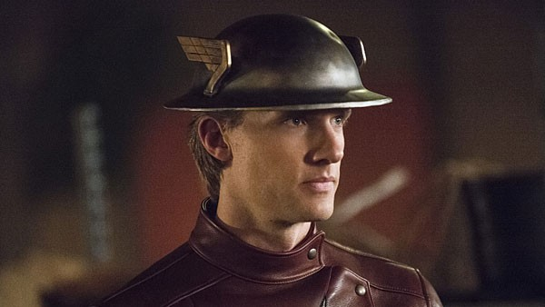 """Review The Flash s02e02 – """"Flash of Two Worlds Online"""""""