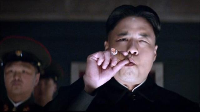Kim Jong-un (Randall Park) – A Entrevista