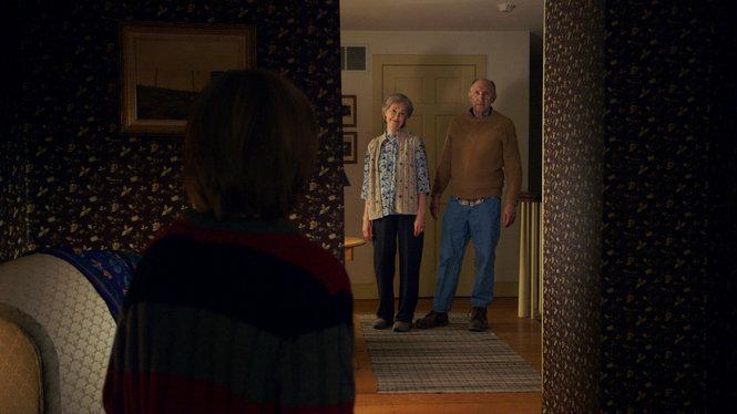 Os avós (Peter McRobbie e Deanna Dunagan) – A Visita