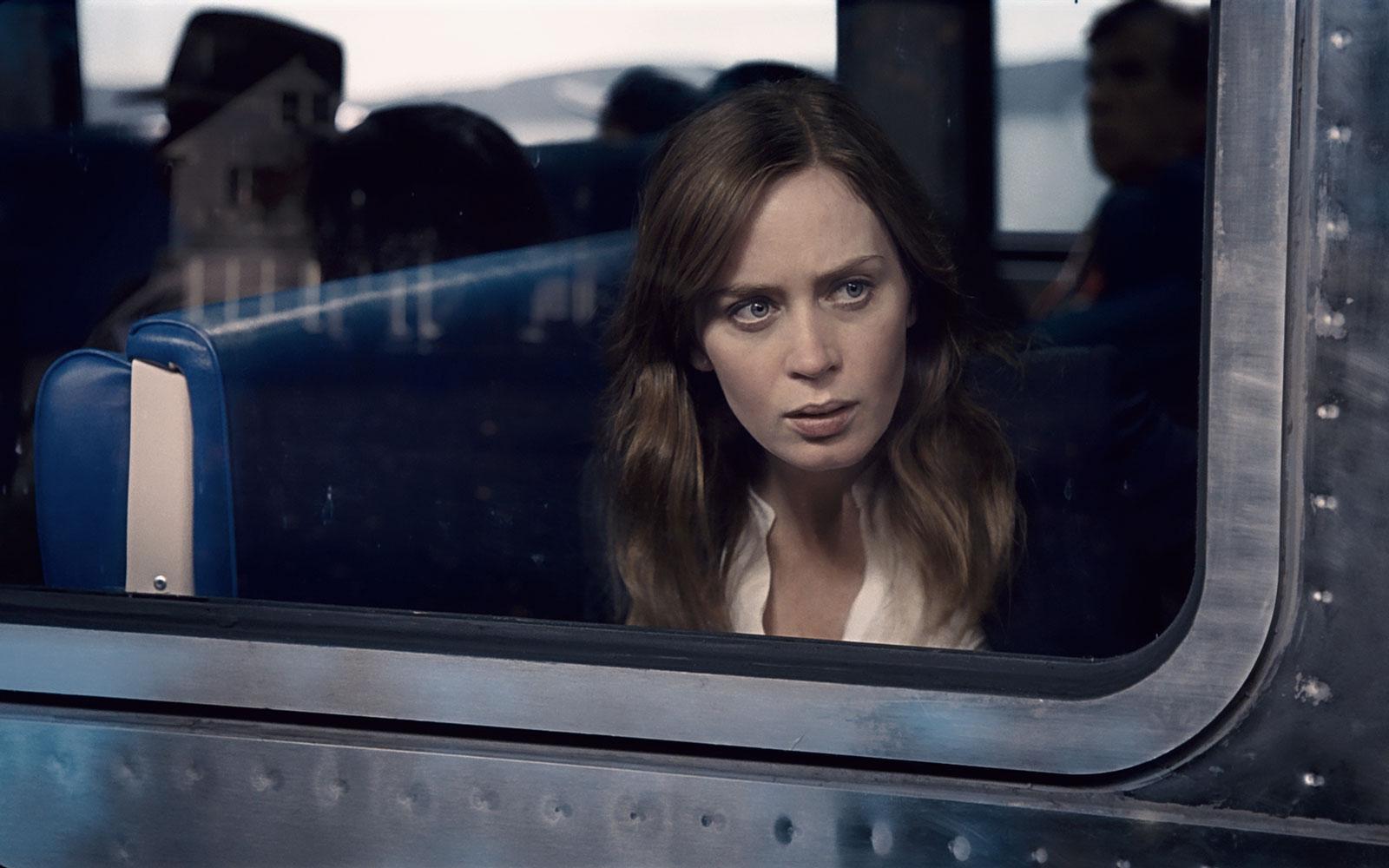 a garota no trem emily blunt filme