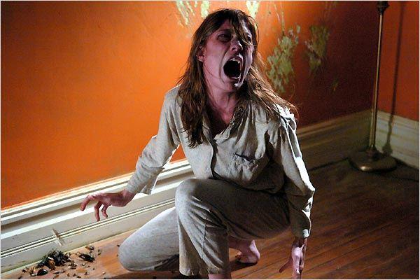 O Exorcismo de Emily Rose – Terror anos 2000
