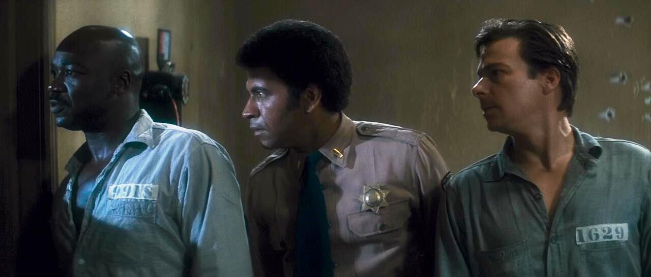 Assalto a 13 DP – John Carpenter – Melhores Filmes 1976