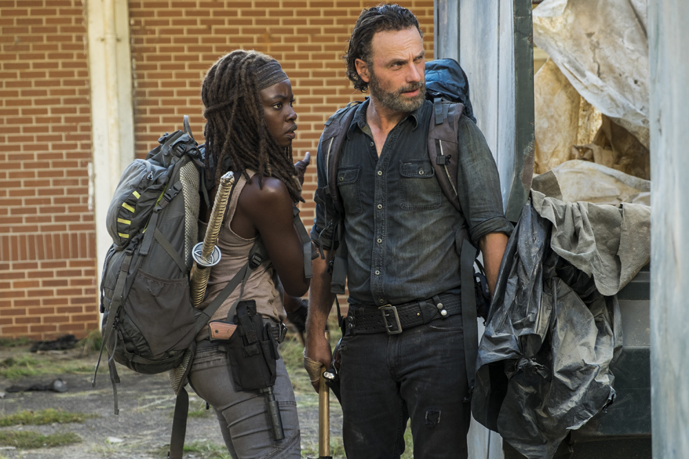 review the walking dead s07e12 say yes