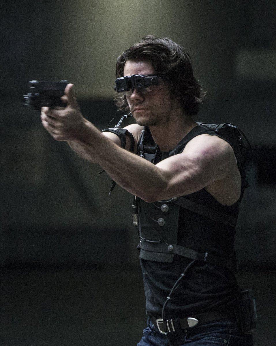 Dylan O'Brien estrela primeiro teaser de American Assassin