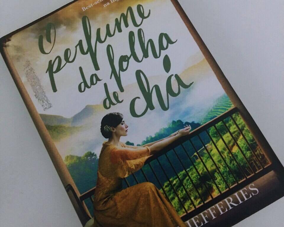 O perfume da folha de cha resenha 04